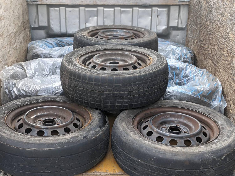 2021/04/05 17:00:00 大阪市中央区のお客様よりタイヤの回収のご依頼。